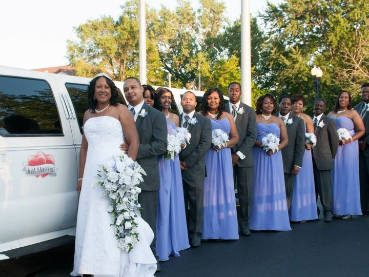 Tmx 1421881687186 1033852610152517658693300478568047954898207o Burbank, Illinois wedding transportation