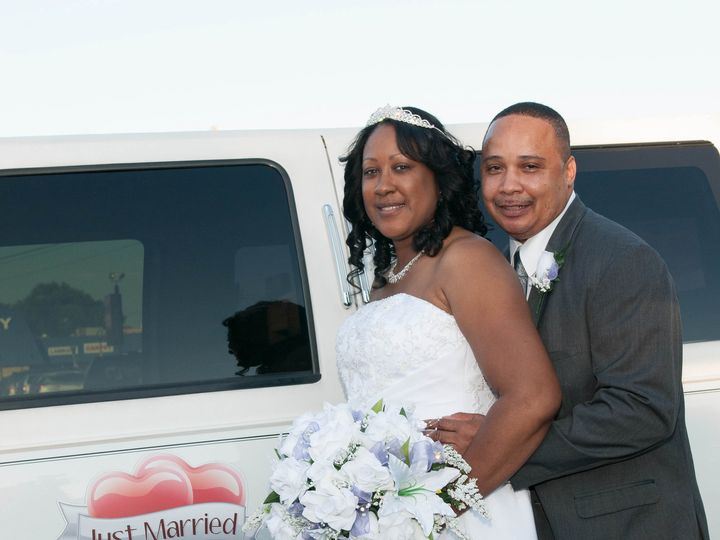 Tmx 1428522324889 Khwedd 8309 Burbank, Illinois wedding transportation