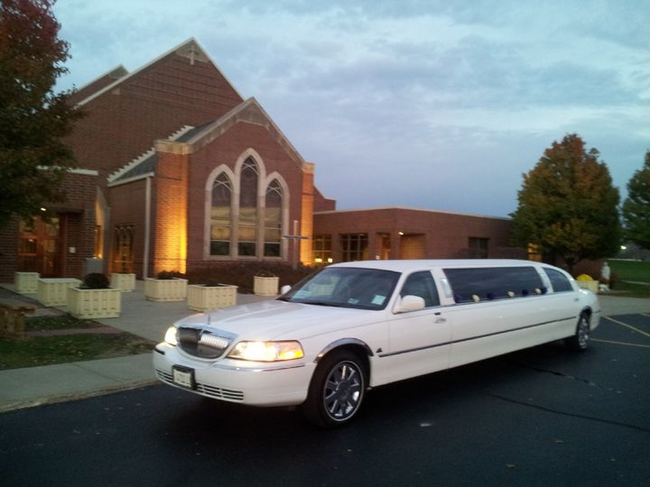 Tmx 1428522750195 Wedding Limo Burbank, Illinois wedding transportation