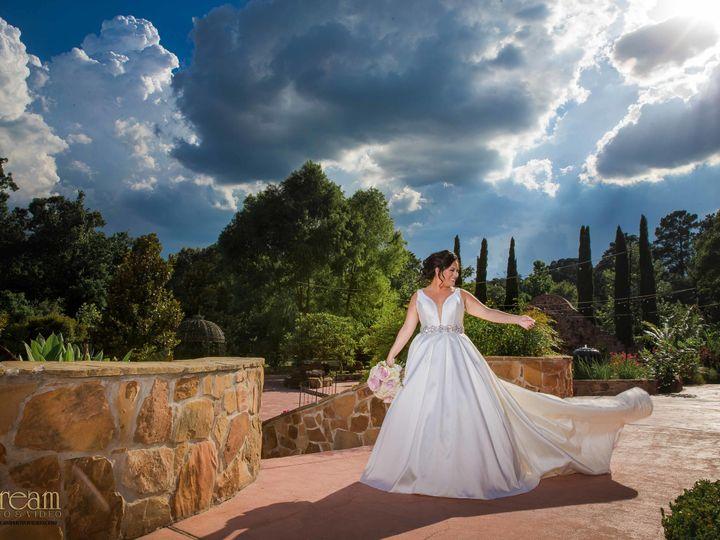 Tmx 1536236133 Eb2d969390460923 1536236130 D57438e1be3fa87e 1536236129387 1 Beverly S Bridal S Houston, TX wedding florist