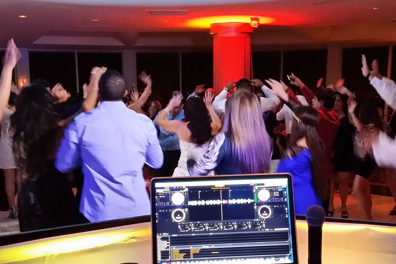 extreme sounds djs wedding dj padrino pier 66