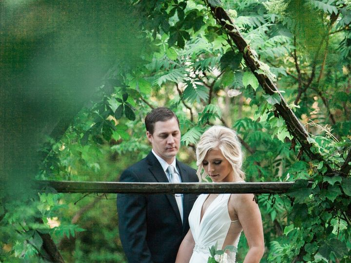 Tmx 1526583379 61885ca9cf6c45e9 1526583375 C06a6c4fdcf23a04 1526583369598 12 Styled Shoot Gall Wylie, TX wedding dress