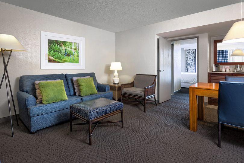 room suite parlor