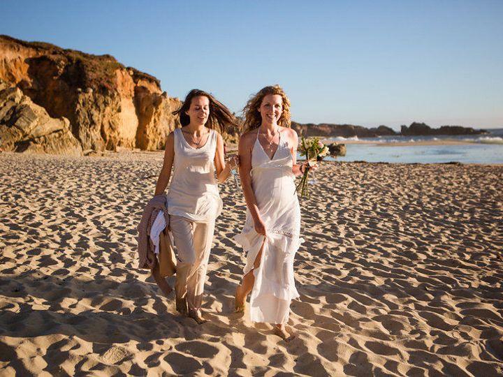 Tmx 1535334747 338c2ecae6a9dd51 1535334746 60c211e9d73d69c8 1535334742796 8 Kristen Rebekah Bi Santa Cruz wedding photography