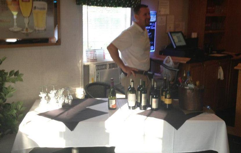 Hernando Oaks Golf & Country Club cocktail bar