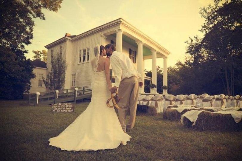 Nolin Wedding Photo By: Will Flowers