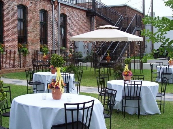 fitzpatrick hotel courtyard 51 651524 1555511089