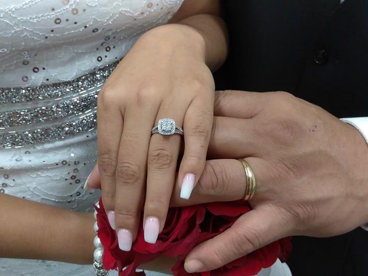 Tmx 11 16 51 62524 V1 Modesto, California wedding dress