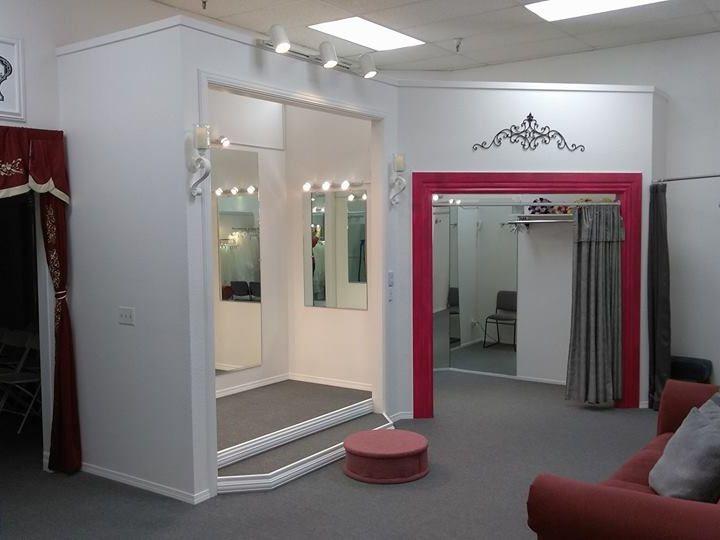 Tmx Showroom3 51 62524 Modesto, California wedding dress