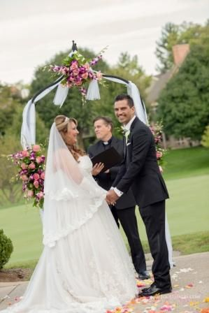 Tmx 1517952624 804148f5b9abce85 1517952623 D4bc0f5d3b370931 1517952636042 2 Rosero Gemelli 12  Chicago, IL wedding officiant