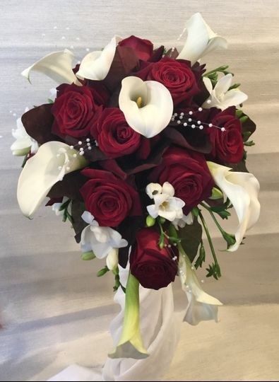 Calla & Roses Bridal Bouquet