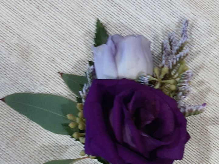 Tmx Purple Lisianthus Boutonniere 51 664524 160737868778754 Grand Island, NY wedding florist