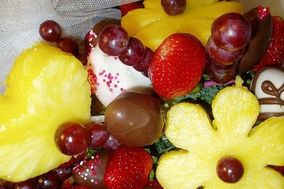 StrawberryBliss.Com  Fruit Bouquets Chocolate Covered Strawberries and Desserts