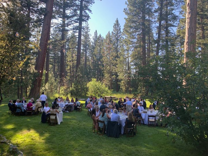 Outdoor dining on the lawn