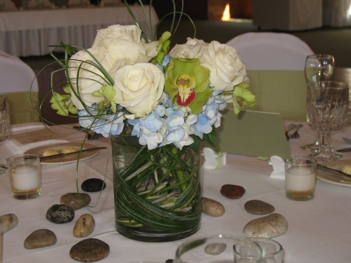 Tmx 1403879313099 Cylinder With Hydrangea Boothbay Harbor, Maine wedding florist