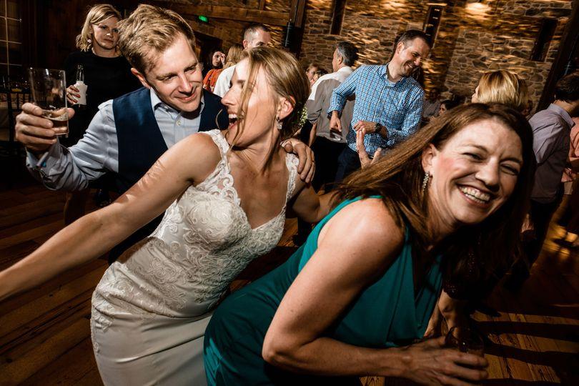 61af926ec4bb74a3 bride groom dancing