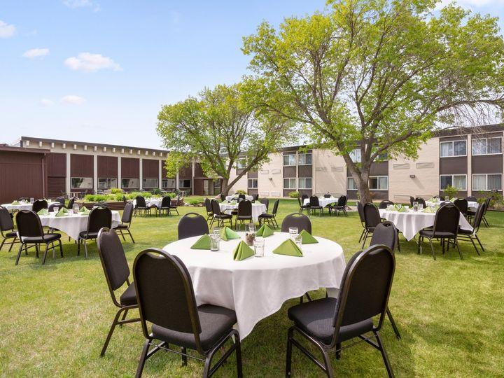 Tmx Ramada Bismark Courtyard 1282890 51 93624 158593895019574 Mandan, ND wedding venue