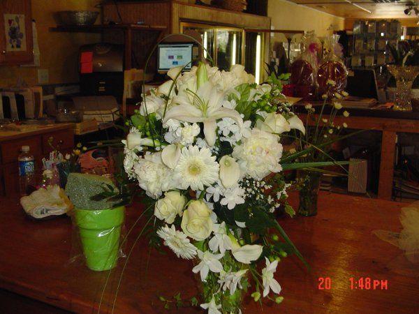 Tmx 1271537320973 Bridalwork045 Berlin, New Jersey wedding florist