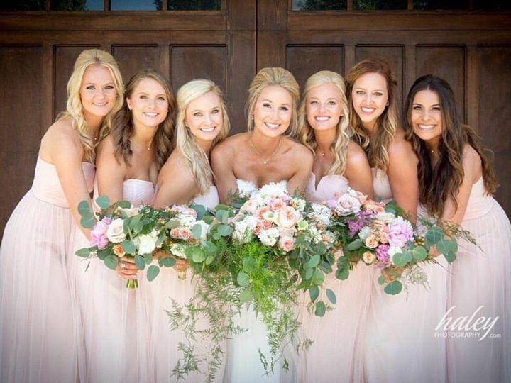 Tmx 1484601598598 1334300411069028193677781480738910252110772n 1 Olathe wedding beauty