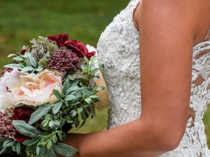 Tmx Flowers And Dress 51 2724 161675773229416 Northville, MI wedding dress