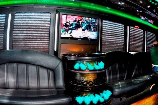 Tmx 1423664210250 Asher Bus 8 Union wedding transportation