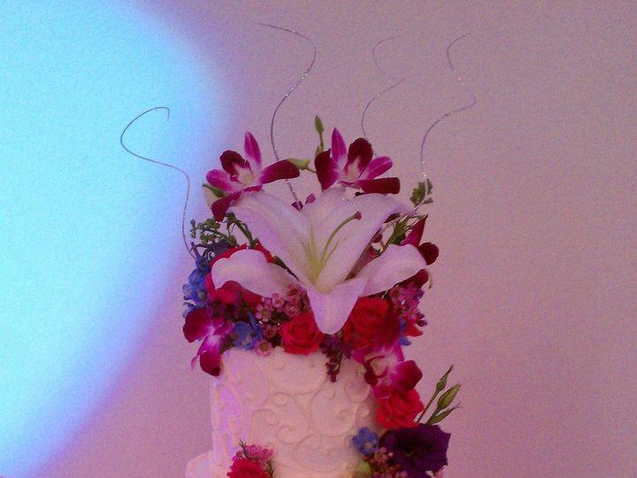 Tmx 1389223618152 Imag076 Lancaster wedding cake
