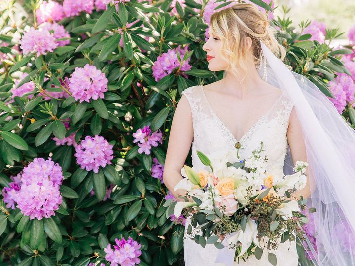 Tmx 1539479559 1535d934ae7d45c3 1539479558 E5b12c9d66dfcf0c 1539479556791 6 CaitlynKPhotograph West Linn, Oregon wedding florist