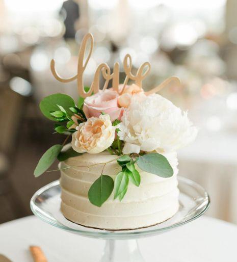 Tmx 1531423814 6aaacbdba6416a41 1531423813 79ee28c2d230b96f 1531423813633 7 Unnamed 19 Madison wedding cake