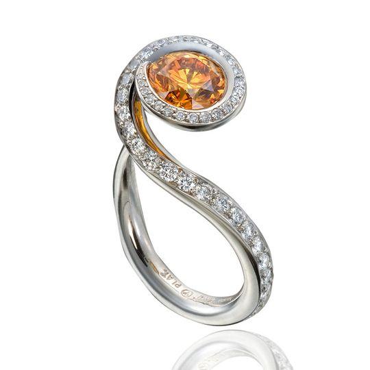 etienne perret tendril ring orange hpht diamond gvs diamonds in platinum 800