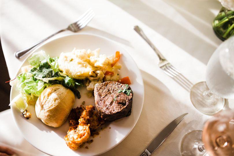 Plate of food | Julia Kinnunen Photography