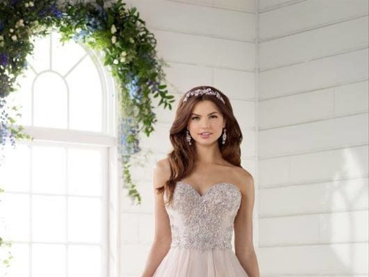 Tmx 1525980559 A040141f8f8c3952 1525980558 Da4afd8e71249a62 1525980556548 5 0005 Asheville, North Carolina wedding dress