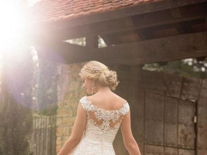Tmx 1525980560 Ddb176e97bcd48e6 1525980559 7f4ed662bc48ae8b 1525980556551 8 0008 Asheville, North Carolina wedding dress