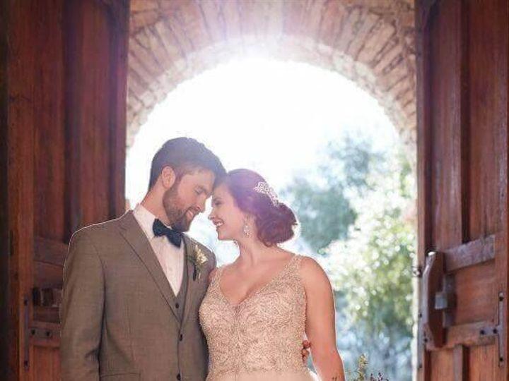 Tmx 1525980562 0d1e6d1822e22817 1525980562 Ca41572f8712187b 1525980556557 14 0014 Asheville, North Carolina wedding dress