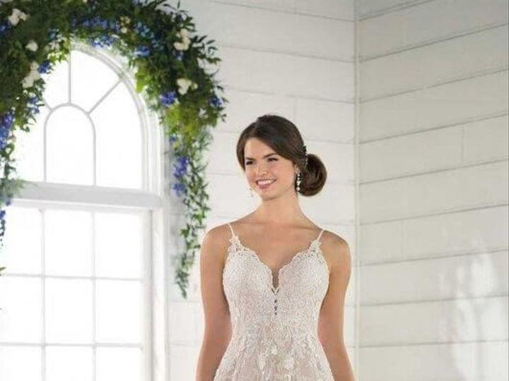 Tmx 1525980566 40a4bb46360e8a44 1525980564 Cbafe1b451bbaabc 1525980556566 22 0022 Asheville, North Carolina wedding dress