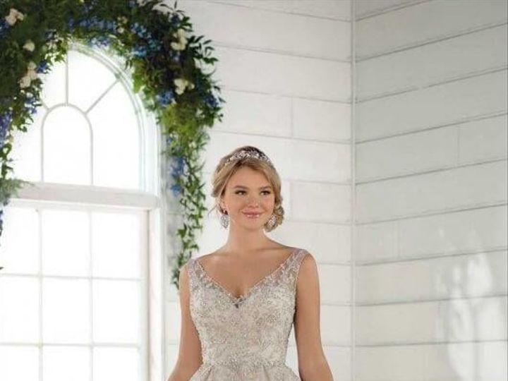 Tmx 1525980566 5e6f50907ca411eb 1525980565 80d07d5d6eee3905 1525980556567 24 0024 Asheville, North Carolina wedding dress