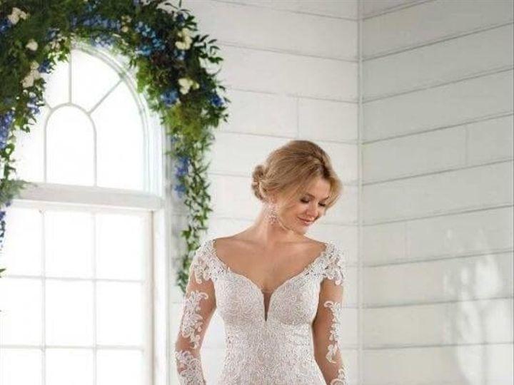 Tmx 1525980567 Dbe51737d59449f1 1525980565 Db40b3f8e14af38e 1525980556570 26 0026 Asheville, North Carolina wedding dress