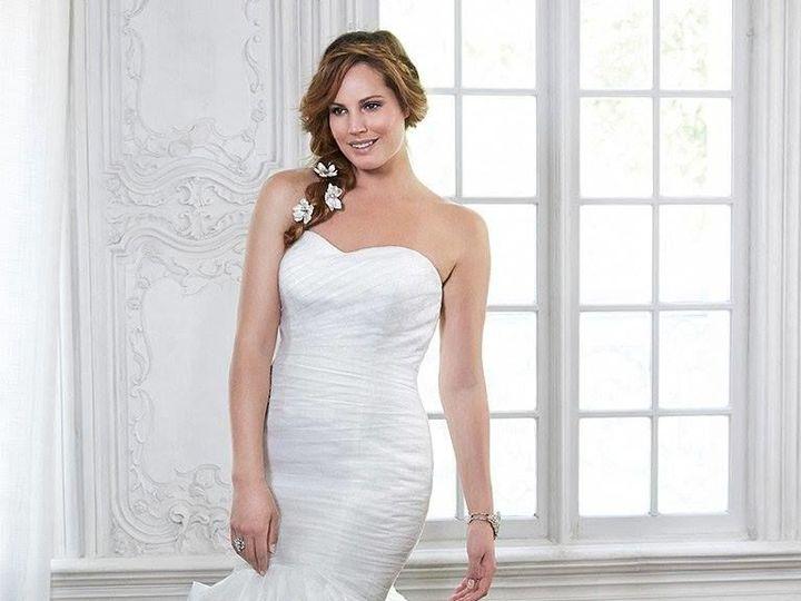 Tmx 1525984892 0f2776a82740b35b 1525984890 0597ae4c51eace6e 1525984888457 3 0017 Asheville, North Carolina wedding dress
