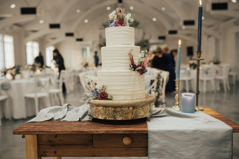 Cake by Sugar and Stems