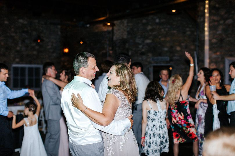 Ryan and Stephanie have great fun dancing with their guests at Castle Farms.