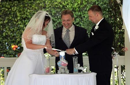 Tmx Rev Carolyn Alexander 01 51 60924 Arcadia, California wedding officiant