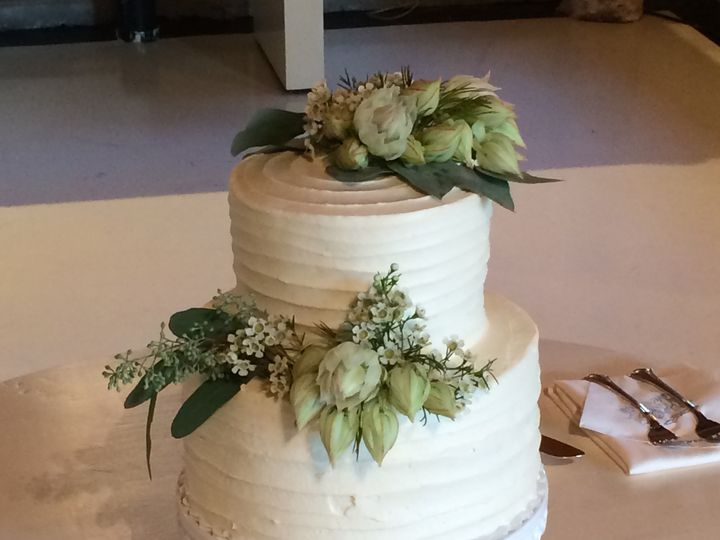 Tmx 1501970518541 2015 09 19 17.46.22 Mount Hood Parkdale wedding cake