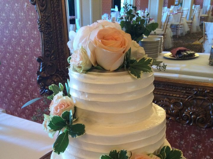Tmx 1501970681047 2016 06 25 14.51.01 Mount Hood Parkdale wedding cake