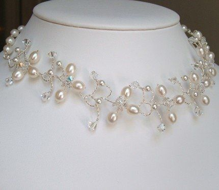 Just bubbling with a generous supply of genuine freshwater pearls, our newest bridal vine necklace...