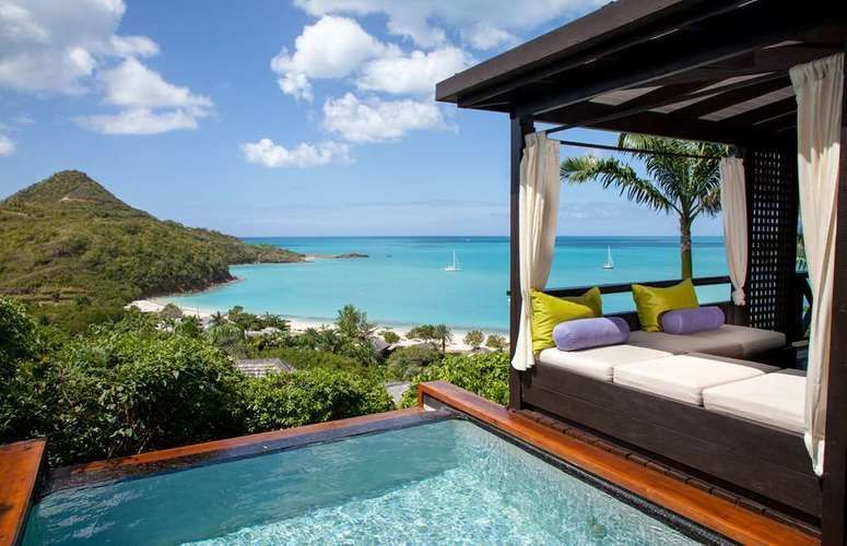 Escape to the Caribbean paradise of Antigua!