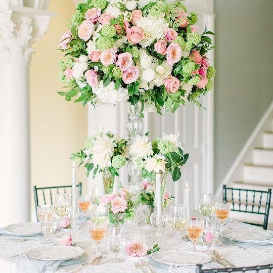 Pink and white floral centerpiece
