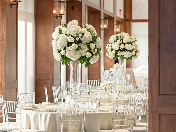 Tmx 26870423 2037769453165230 1350717440216006656 N 51 117924 Houston, TX wedding florist