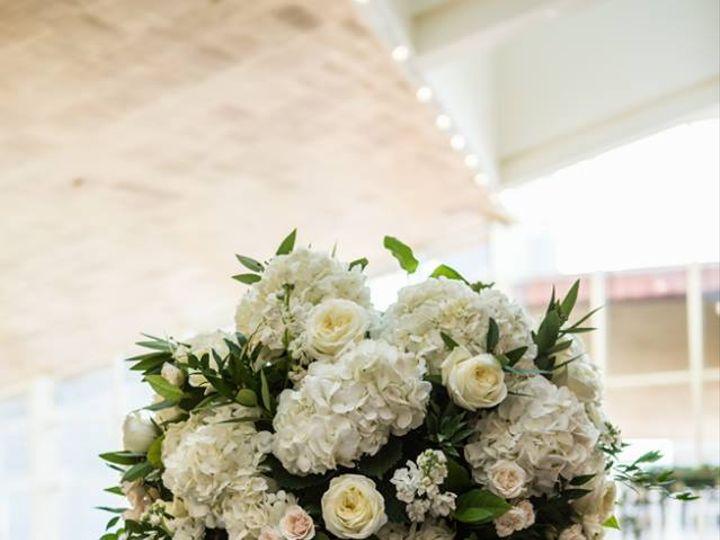 Tmx 27867247 1995062337189549 9070713462940009994 N 51 117924 Houston, TX wedding florist