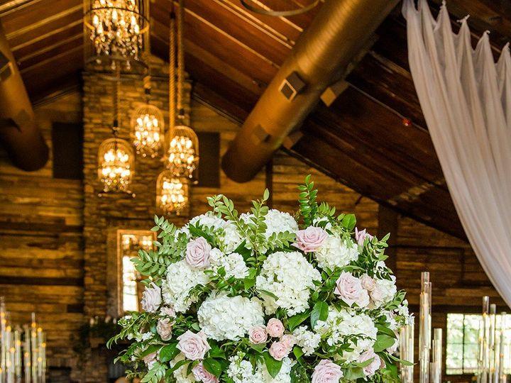 Tmx 30 Photographybyniki 51 117924 158758783143833 Houston, TX wedding florist