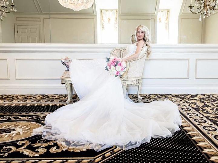 Tmx 1529610352 C0088c98156cd954 1529610351 B1e8a78226b01d50 1529610350054 3 Copy Of 21106738 1 Garner, North Carolina wedding venue