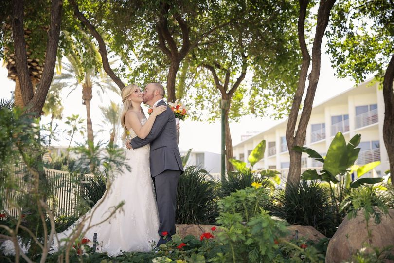 800x800 1426722994838 Tropicana Las Vegas Wedding Photography 1